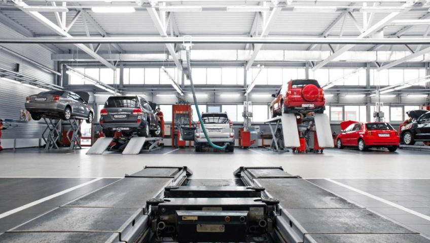 Необходимость использования профессионального инструмента в автомобильных СТО