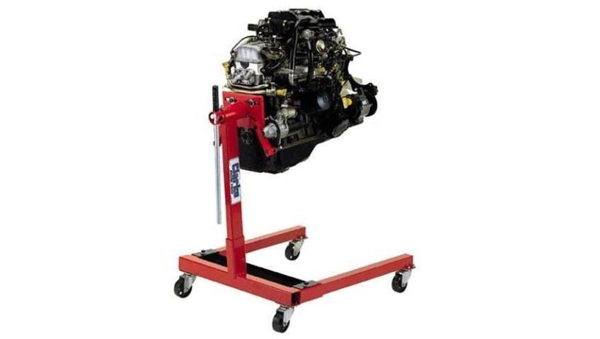 Использование стендов для разборки двигателей в автосервисе