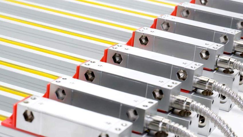 Оптическая линейка металлообрабатывающего станка: выгоды от эксплуатации