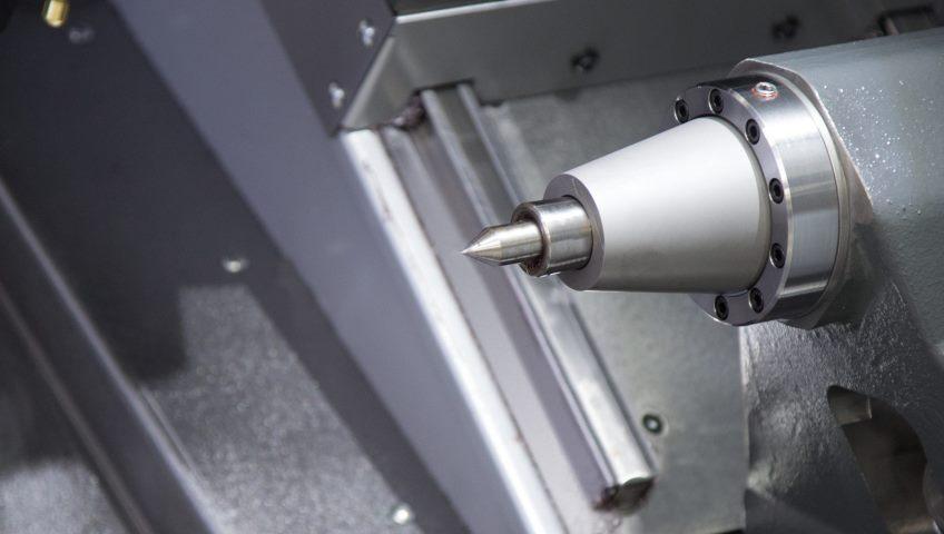 Задняя бабка автоматизированных и обычных токарных станков: сравнение конструкций